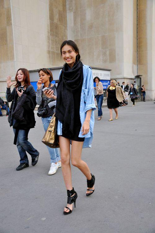 61230_paris-fwss2010-denim-and-black_122_905lo