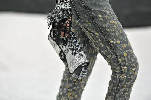 Chanel+Runway+Paris+Fashion+Week+Spring+Summer+GRoDMN9oyUhl