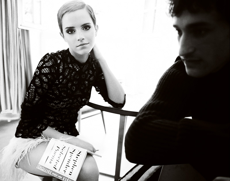 Emma-Watson-by-Mario-Testino-for-Vogue-UK-DesignSceneNet-01